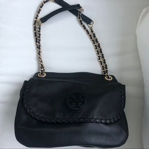 Tory Burch Marion Saddle Bag in Pebble Leather Blk